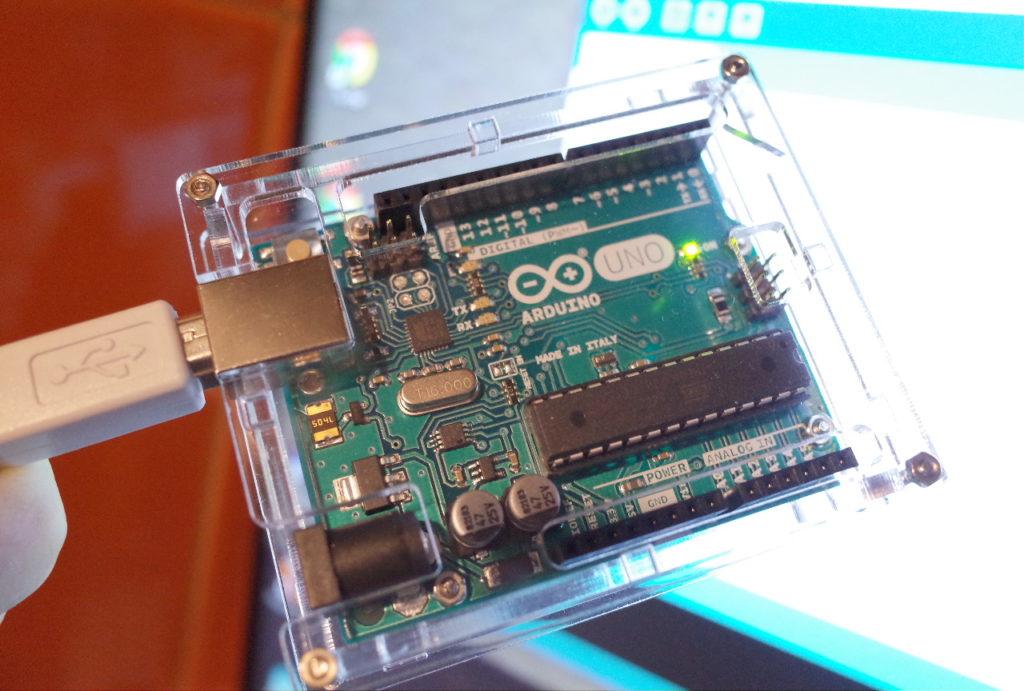 ピンクボックスコンピューター マイコン